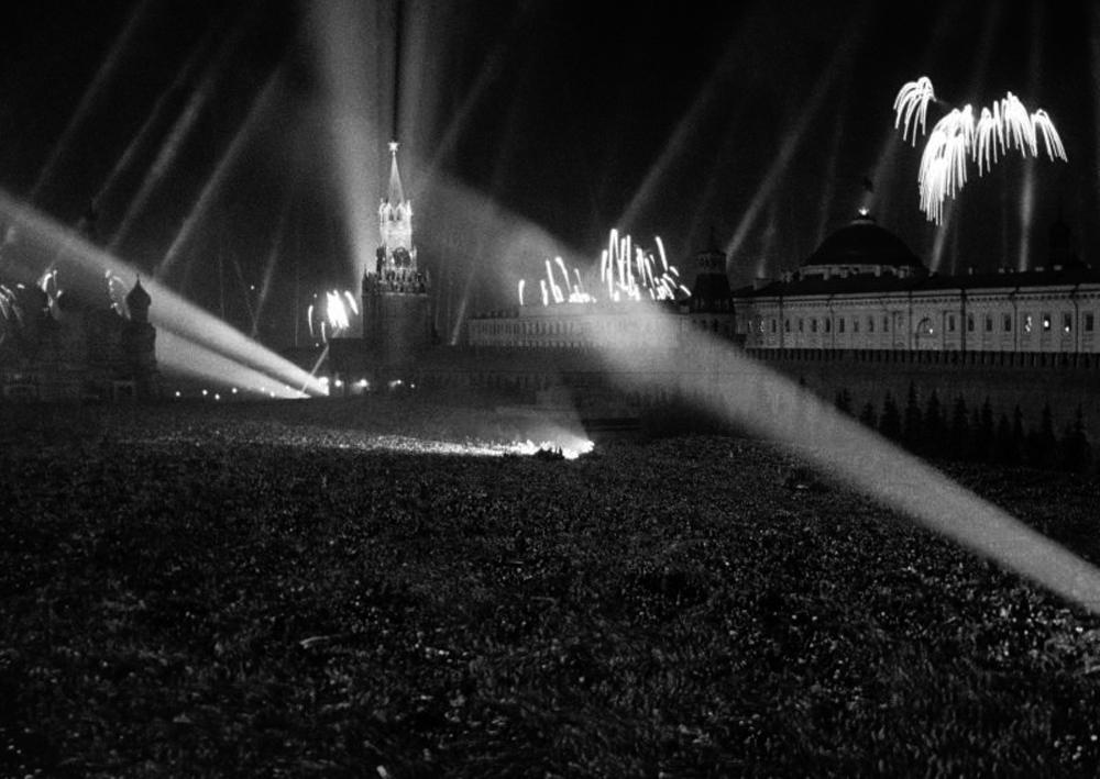 День Победы в условиях мировой пандемии / Сайт Сергея Собянина   709x1000