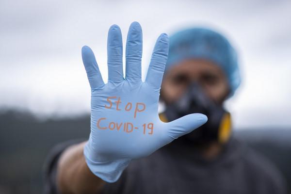 В Смоленской области 2304 человека находятся под наблюдением из-за коронавируса