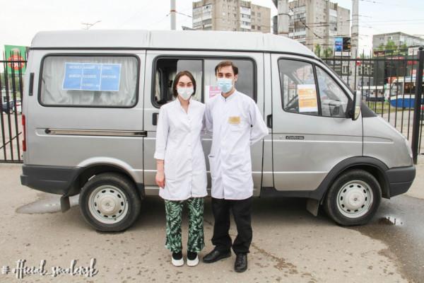 В Смоленске мобильные пункты участвуют в массовой вакцинации против COVID-19